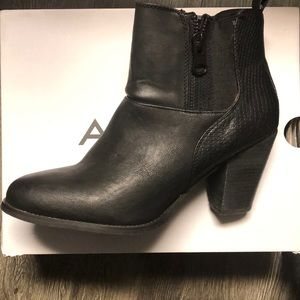 Size 11 black ankle boots